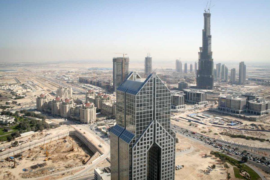 VAE-Dubai-Burj Khalifa und Business Bay in der Entstehung