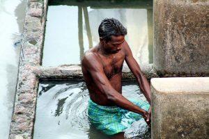 INDIEN-Mumbai-Dhobi wala - Wäscherei-Arbeiter