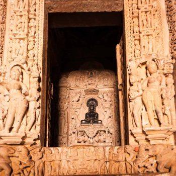 Indien-Khajuraho-temple-Jain buddha-Eastern Temple group