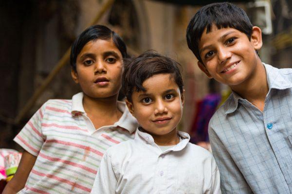 3 Jungen in Old Delhi