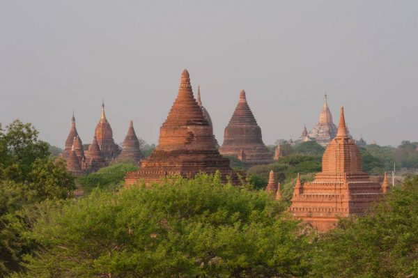 Myanmar-Bagan-stupa world