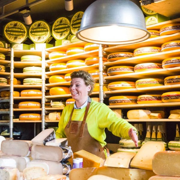 Europe-Niederlande-Rotterdam-market hall-cheese shop