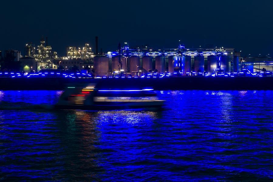 Deutschland, Hamburg, Hafencity, Steinwederhafen in Blau