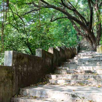 INDIEN-Mumbai-Treppe an Hanging Garden