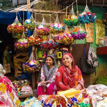 INDIEN-Mumbai-Marktfrauen