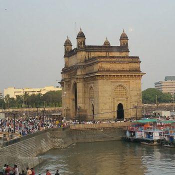 INDIEN-Mumbai-Gateway of India