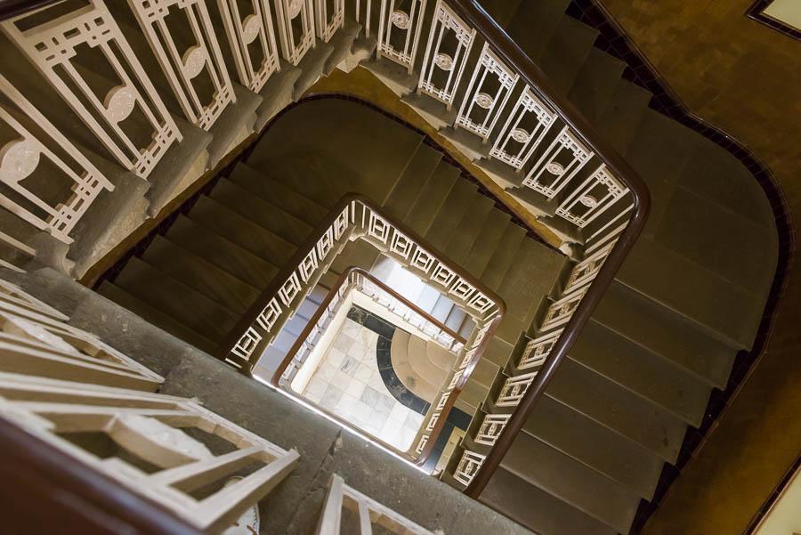 INDIEN-Mumbai-Treppenhaus im Prince of Wales Museum