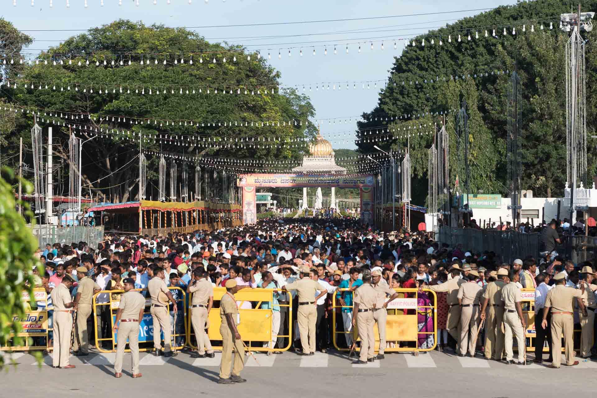Die Menschenmenge während der Parade