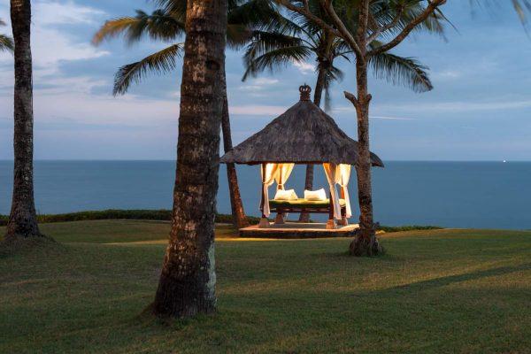 Indonesien-Bali-Gazebo am Meer