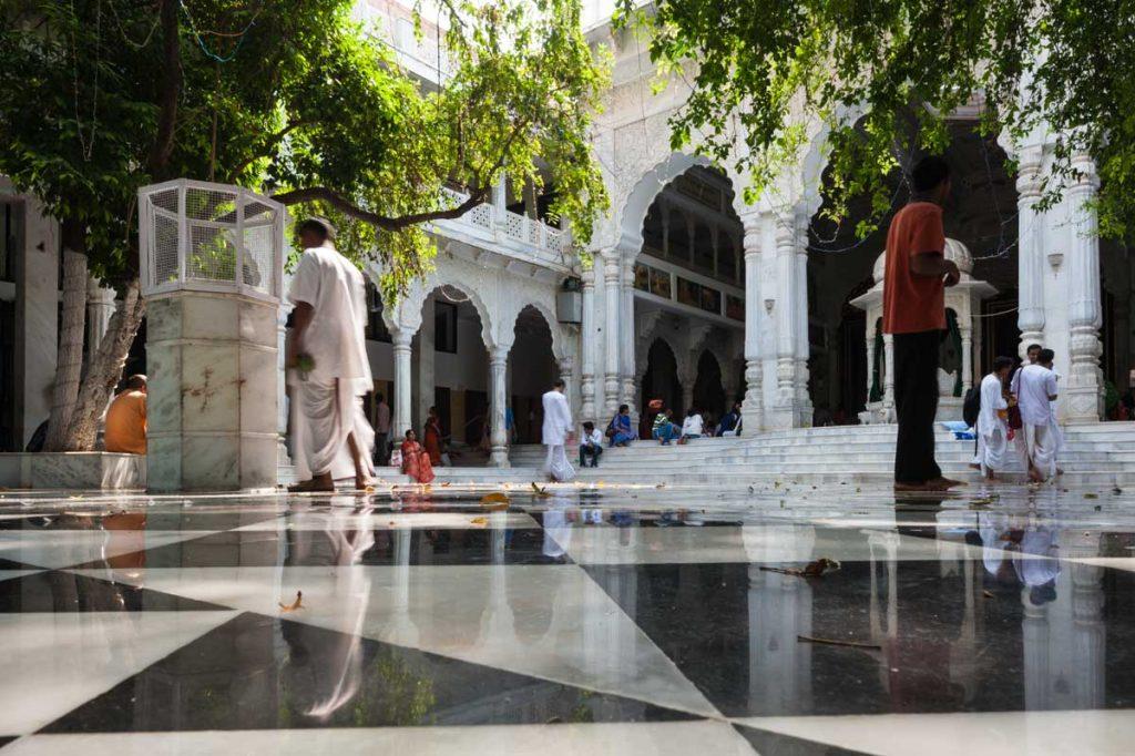 INDIEN-Mumbai-Krishna Tempel in Juhu