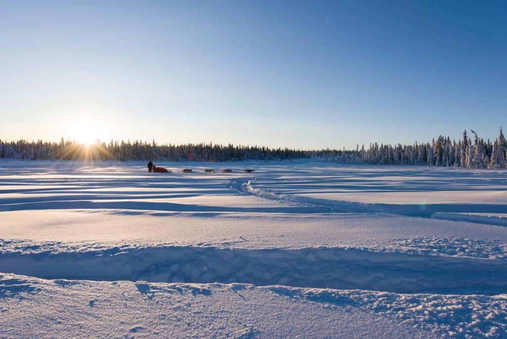 Schweden-Kiruna-Winterstimmung am See