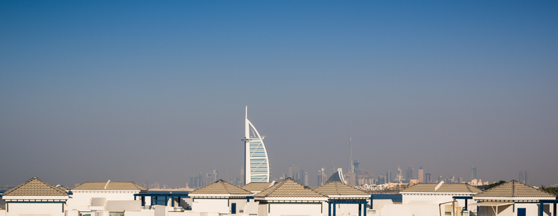 VAE-Dubai-Skyline mit Burj al Arab