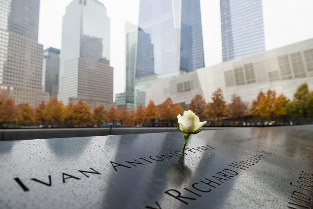 USA-NY-WTC-9/11 Memorial-weisse Rose